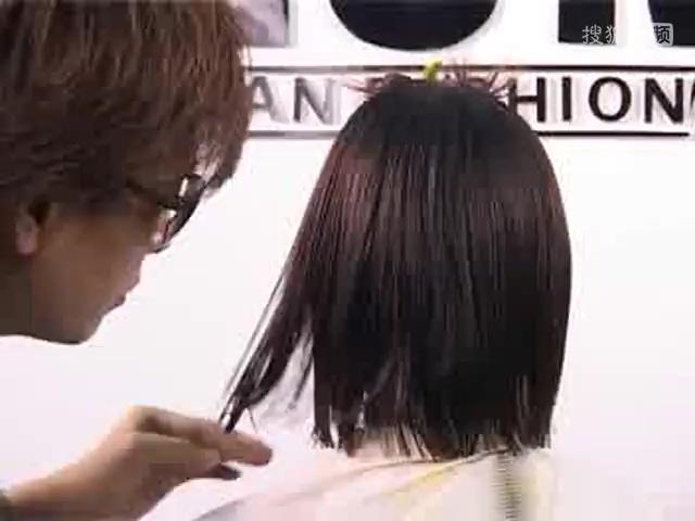 2017短发女保持小卷_发型网发型洗直可以烫发多久图片
