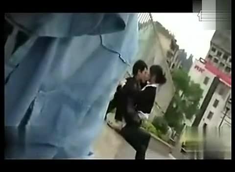 日本接吻布幔