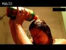 【薇薇沁分享】高清90后美女奇葩式洗澡法